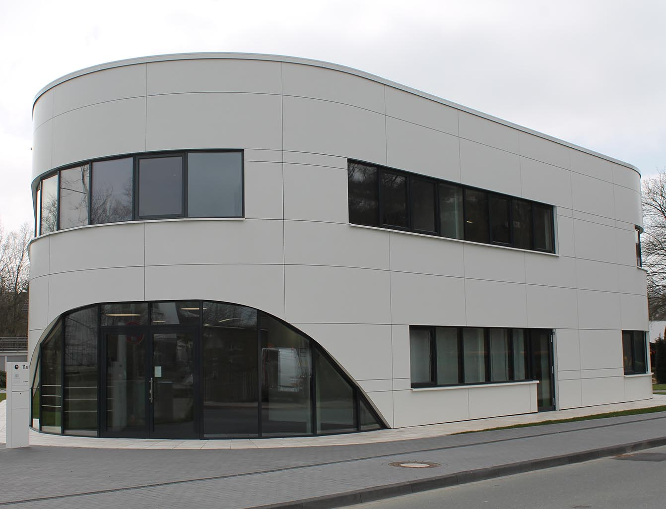 Rockpanel Extrior Cladding - Curved application