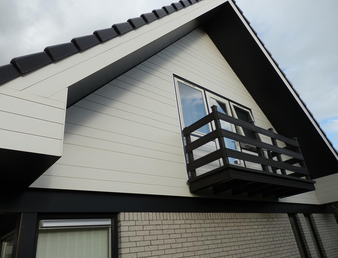 Rockpanel Exterior Cladding - Tongue & Groove (Rockpanel Lines²)